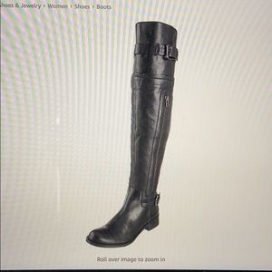 Women's black leather knee-high boot 7 1/2.